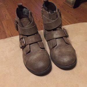 Girls BOC short boots